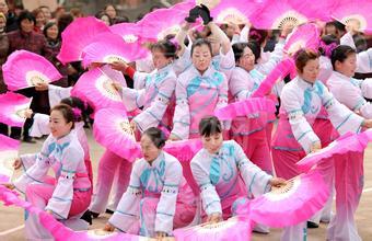 朝鲜传统舞蹈:扇子舞