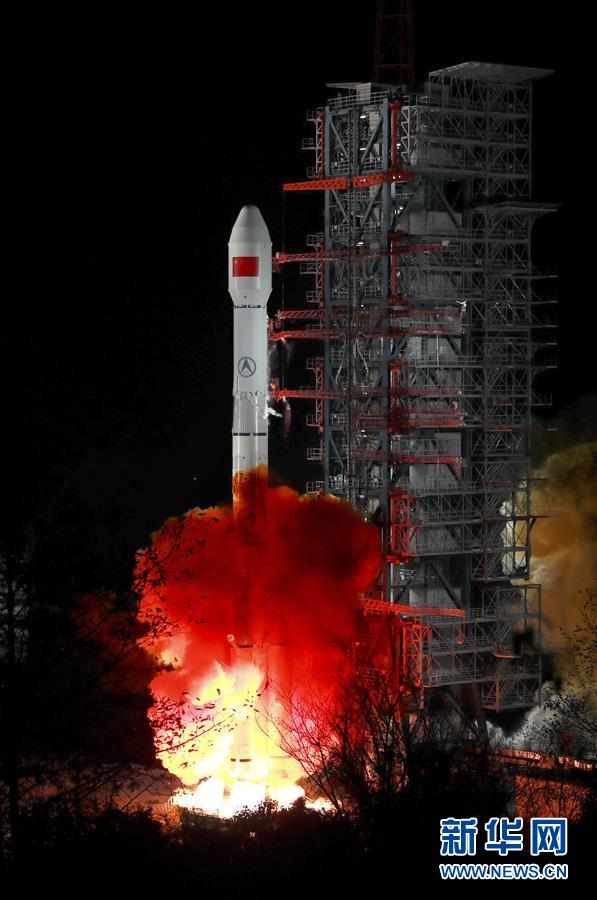 """(科技)(2)""""中星2D""""卫星成功发射 中国航天2019年实现开门红"""